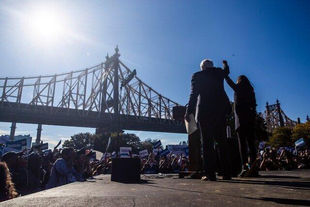 اولین حضور برنی سندرز در تجمع انتخاباتی پس از حمله قلبی
