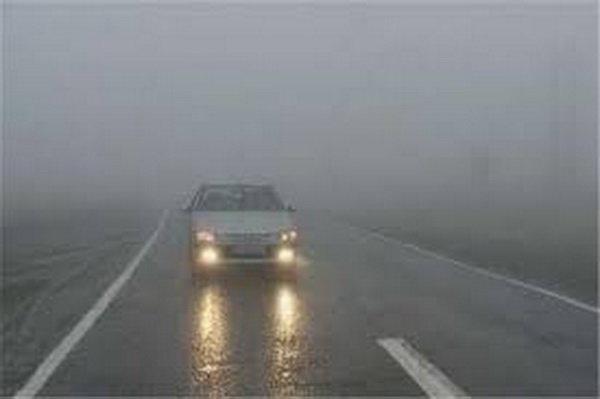 مه گرفتگی و کاهش دید در جاده های 5 استان