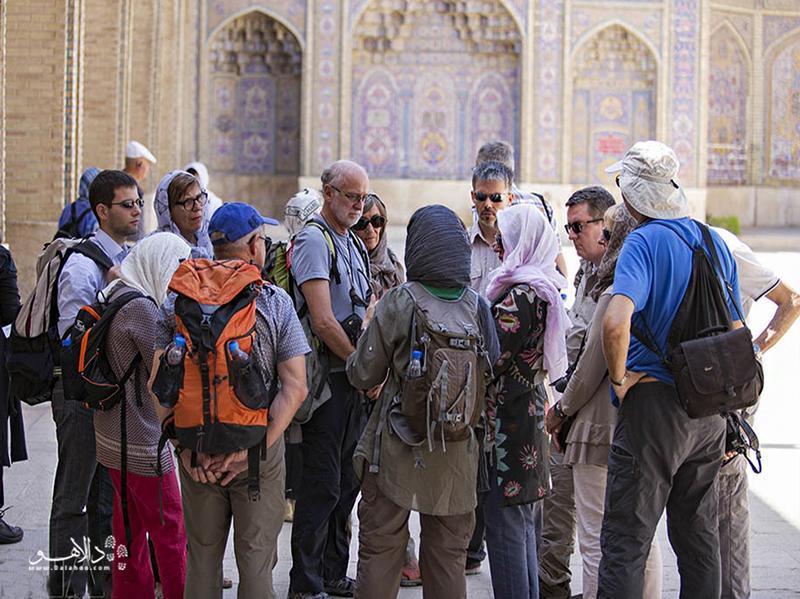 راهنمای تور ویژه گردشگران خارجی
