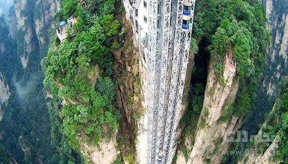 آسانسور شیشه ای چین ؛ بلندترین آسانسور دنیا (