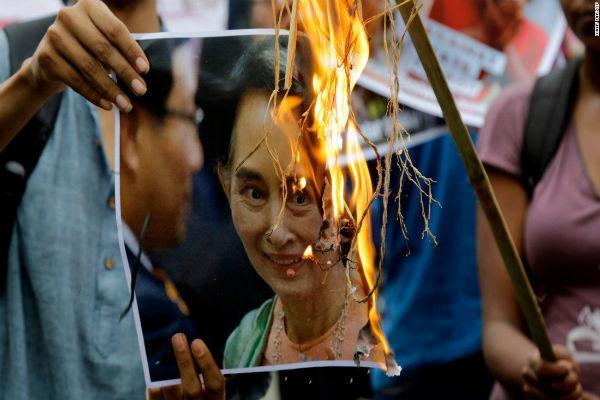 دادگاه لاهه رسیدگی به کشتار مسلمانان روهینگیا را شروع می نماید