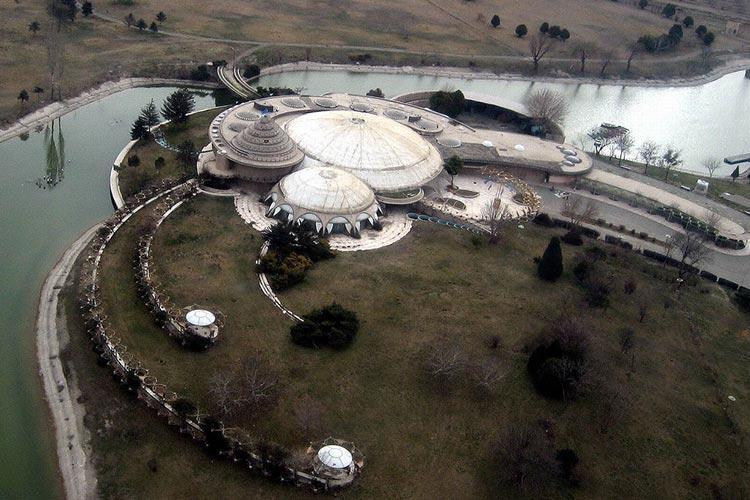 کاخ مروارید موزه می گردد