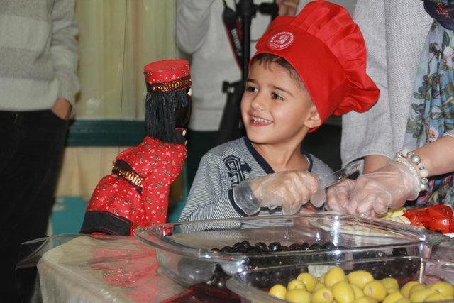 بچه ها مبتلا به سرطان در محک پیتزای سالم پختند