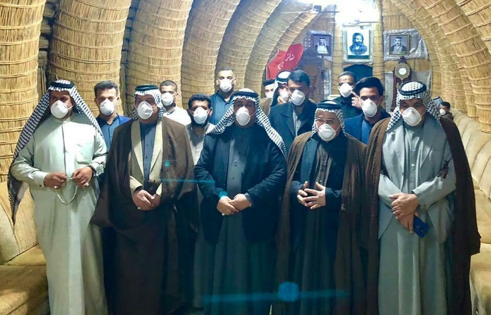 خبرنگاران قبیله عراقی از ترس کرونا روبوسی را لغو کرد