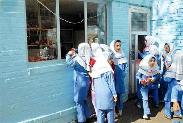ابلاغ آیین نامه مقابله با کرونا به مدارس ، ممنوعیت فروش ساندویچ های دست ساز