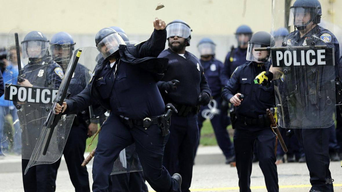 نابینایی؛ هدیه پلیس های آمریکایی به معترضان