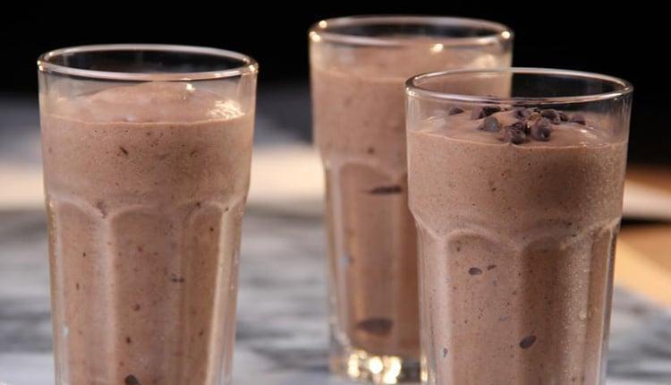 طرز تهیه اسموتی شکلات موزی، بدون موز و با بستنی شکلاتی