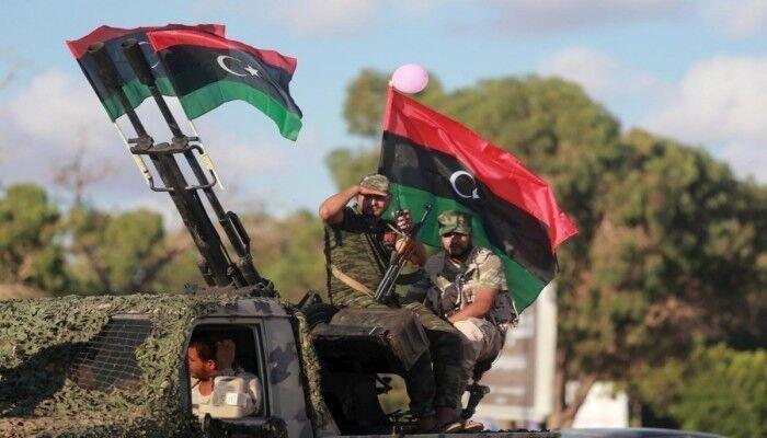 خبرنگاران فرانسه خواهان اجرای توافق آتش بس در لیبی شد
