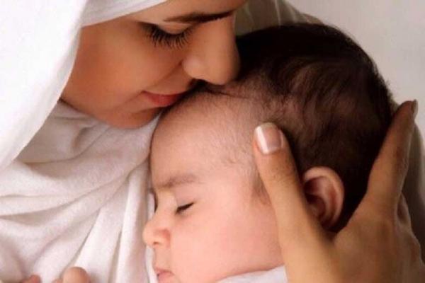 شیر مادر کرونایی نوزاد را ایمن می نماید