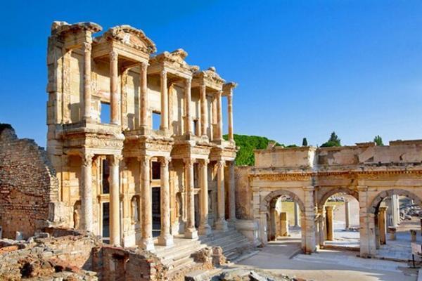 تجربه دنیای باستان در موزه باستان شناسی افسوس