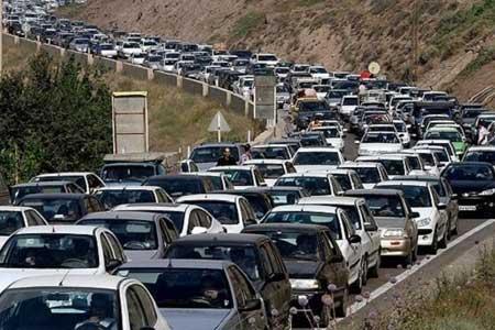 ترافیک در جاده کرج-چالوس، 2 محور مسدود هستند