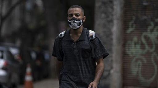 خبرنگاران دو نفر در تظاهرات علیه ممنوعیت های کرونایی در گابُن کشته شدند