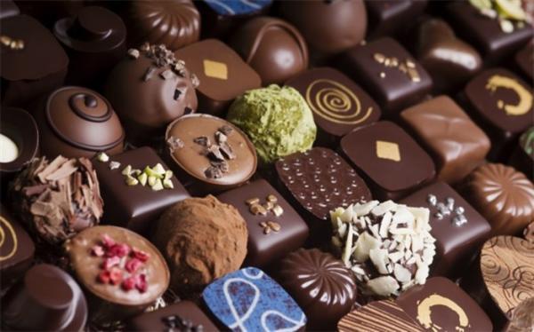 شکلات چربی سوزی می نماید؟